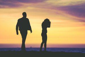 long distance relationship break up signs, long distance relationship warning signs, signs a long distance relationship will end